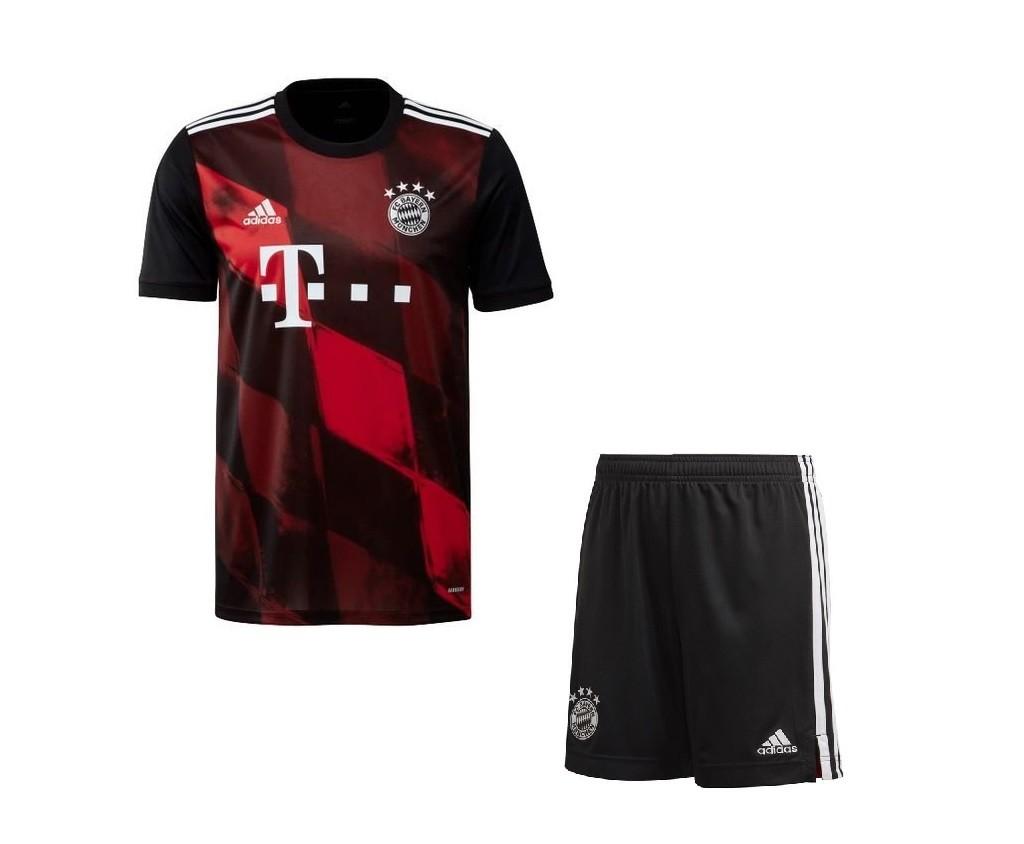 Резервная форма Баварии Мюнхен сезон 2020-2021