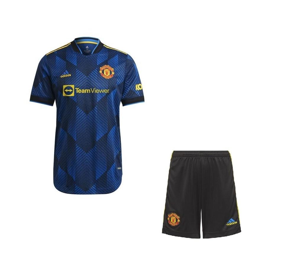 Резервная форма Манчестер Юнайтед сезон 2021-2022