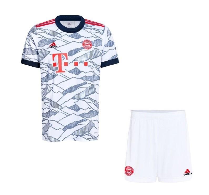 Детская резервная форма Баварии Мюнхен сезон 2021-2022